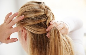 Braiding medium length hair- 7 options