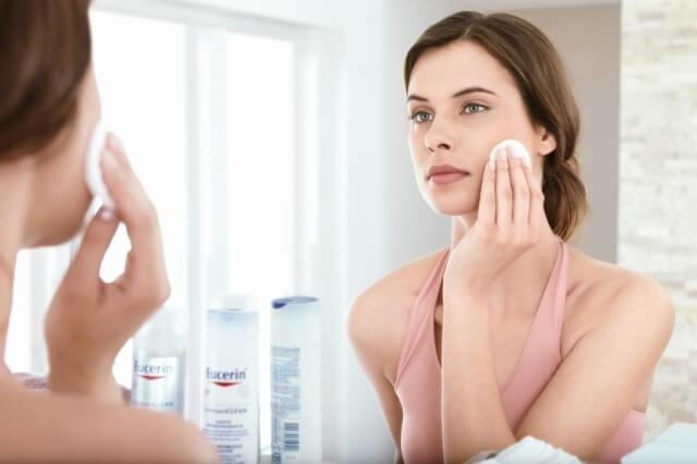 Treatment of pigmentary spots