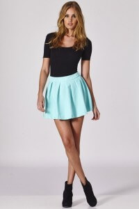 What to wear with mini skirts