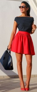 What to wear with a red skirt
