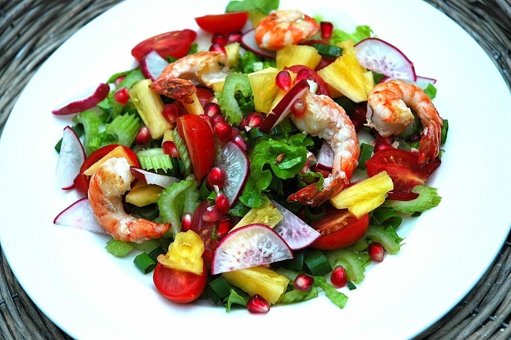 Shrimps with pomegranate