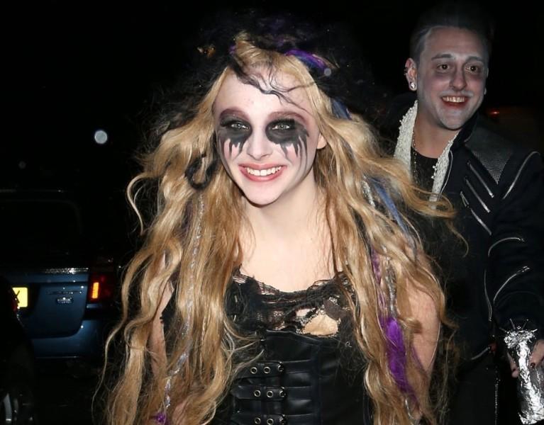 Chloë Grace Moretz zombie
