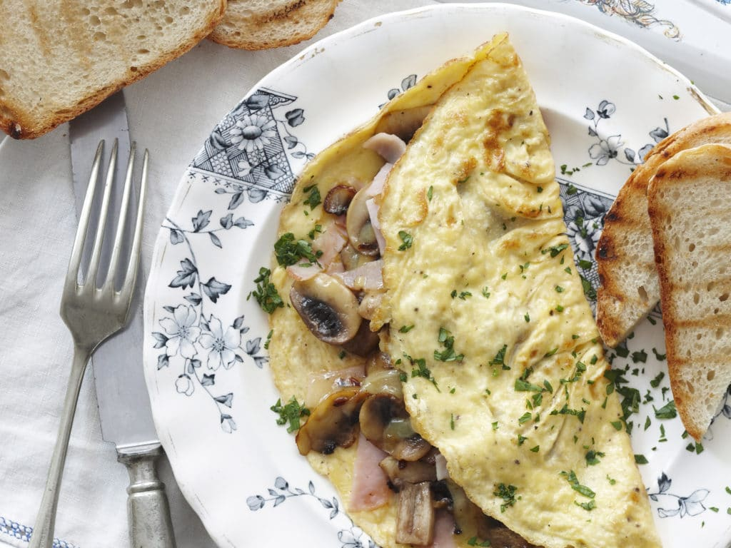 omelet with cheese and mushrooms