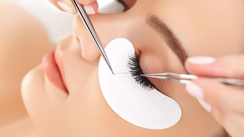 Advantages and Disadvantages of artificial eyelashes