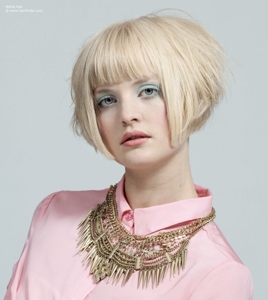 bob with geometrically sharp contours and cuts